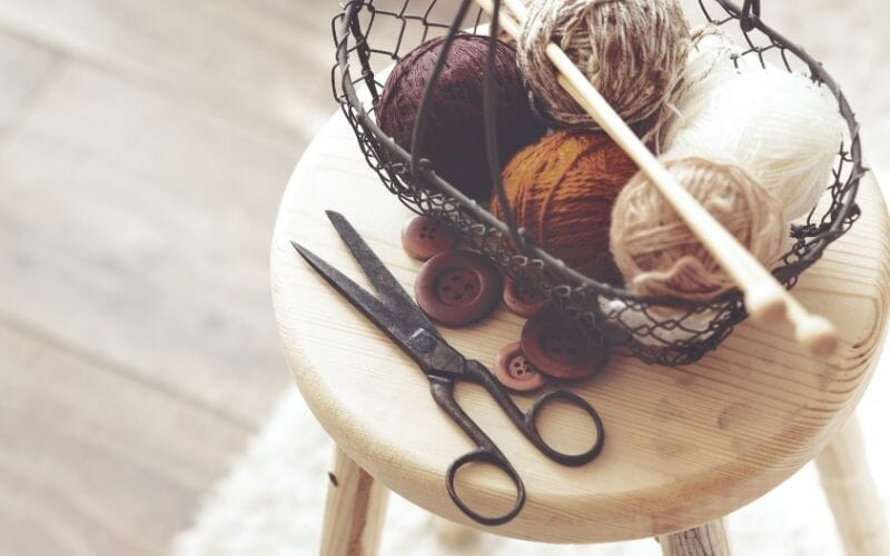 Knitting fixing tools