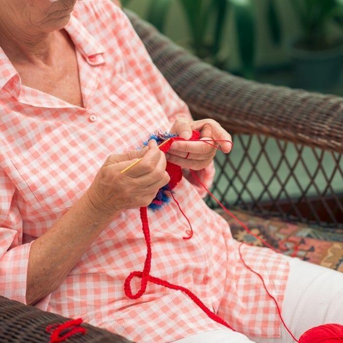 Crocheting seat