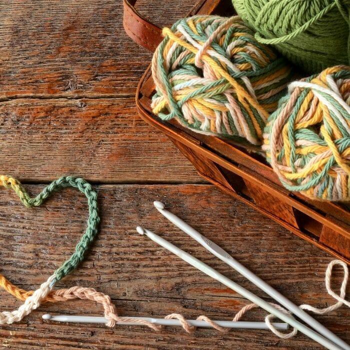 Crocheting yarn in place