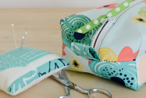 How To Make A Box-Shaped Zipper Pouch Bag